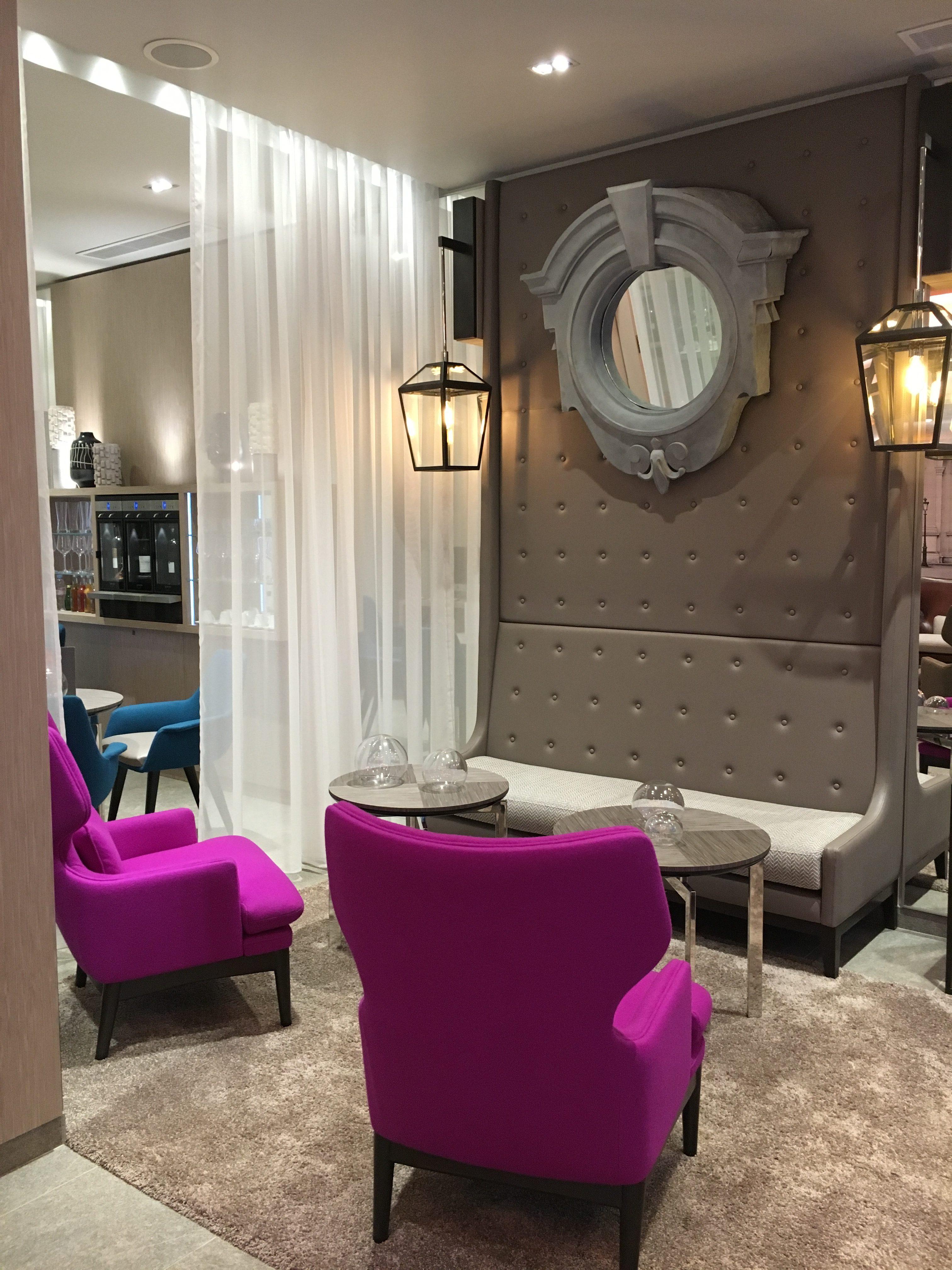 hotel la lanterne paris my daily stylebook. Black Bedroom Furniture Sets. Home Design Ideas